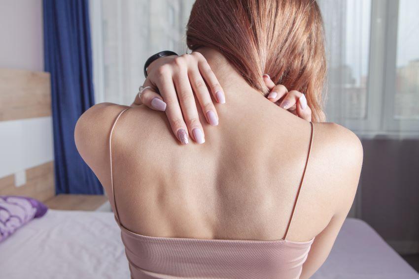 Cómo dormir con dolor de cuello: ¡sigue estos consejos!